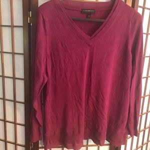 Preowned burgundy sweater